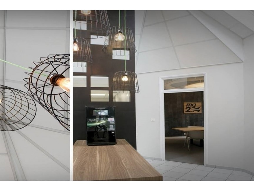 Decoration and renovation of professional spaces